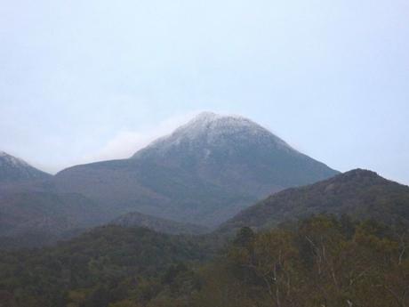 羅臼岳の初冠雪