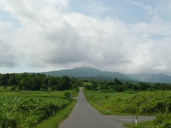 快晴から雨雲が拡大してきています