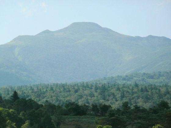 暑寒別岳は穏やかに晴れており、山容がはっきりと確認できました