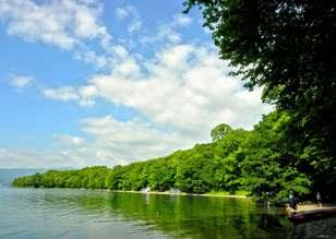 洞爺湖畔の風景