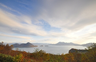 サイロ展望台より洞爺湖を望む