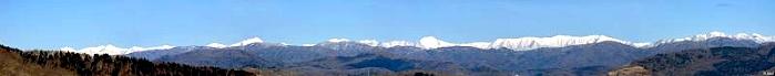 井寒台森林公園から望む日高山脈の大パノラマ
