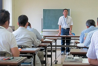 ゾーニング研修会で講師を務める国有林フォレスター