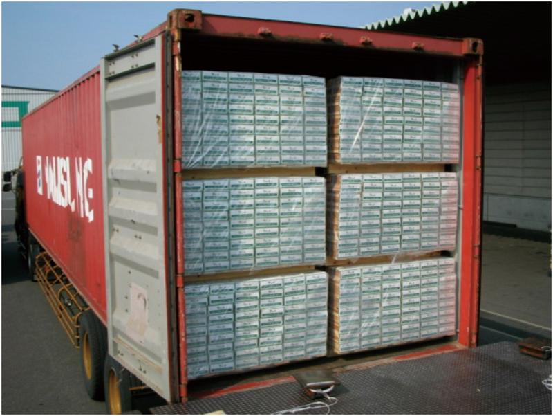 コンテナによる製品の輸出