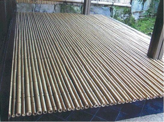 竹の伝統的な用途:月見台