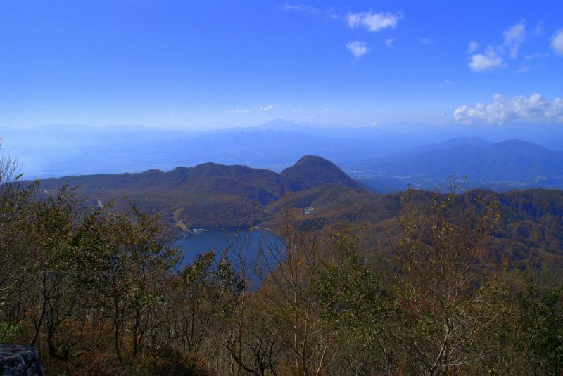 黒檜山頂から榛名山・浅間山方面