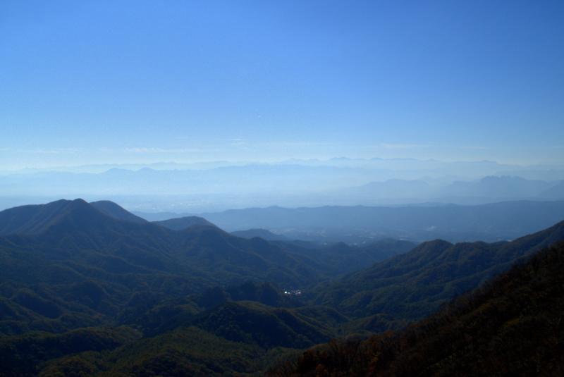 掃部ヶ岳山頂南側の展望
