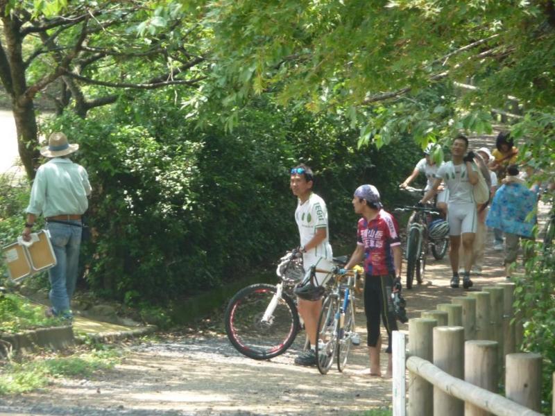 市民身親しまれている天筒山風景林