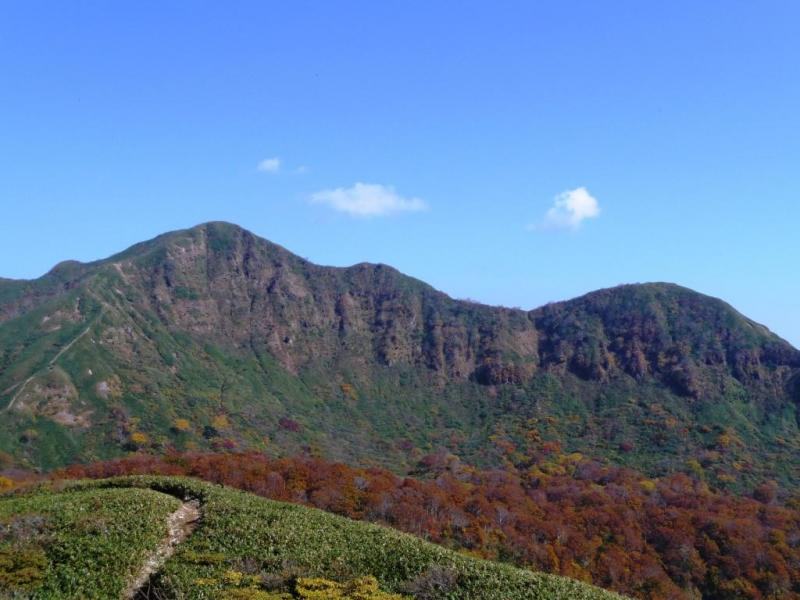 経ヶ岳 三百名山 標高1,625m.