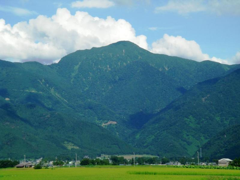 夏の荒島岳。福井県内で唯一の日本百名山