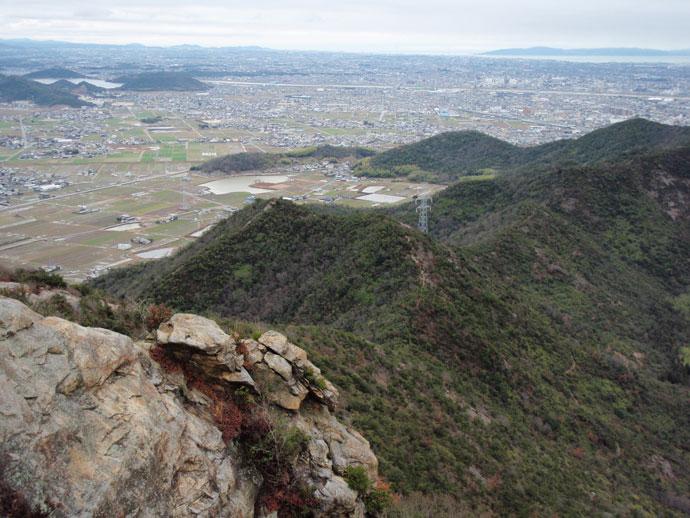 高御位山山頂付近 淡路島方向:高御位山国有林