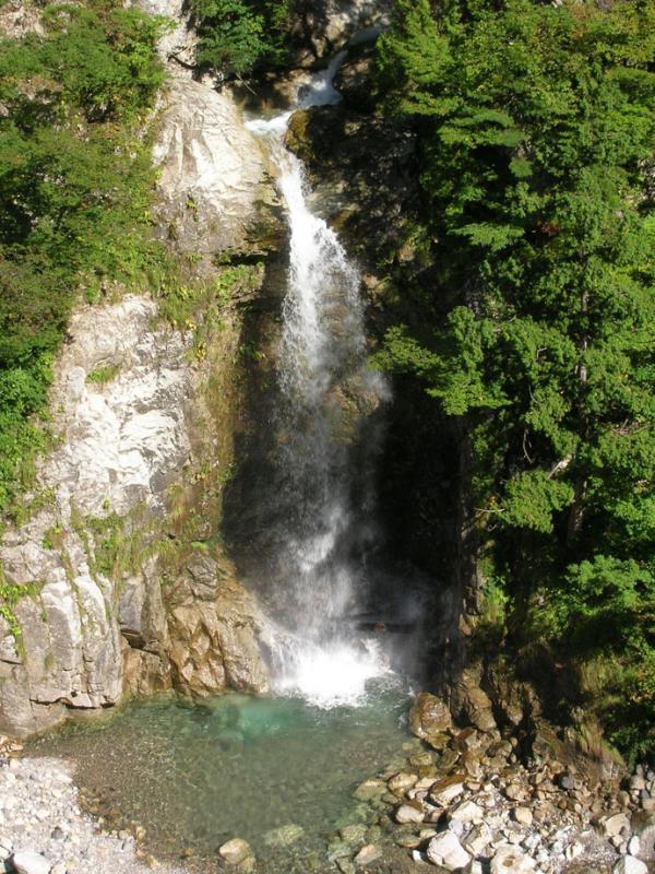 岩底の滝:蛇谷国有林