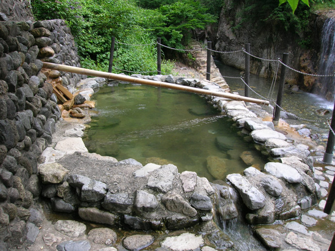 親谷の湯:蛇谷国有林