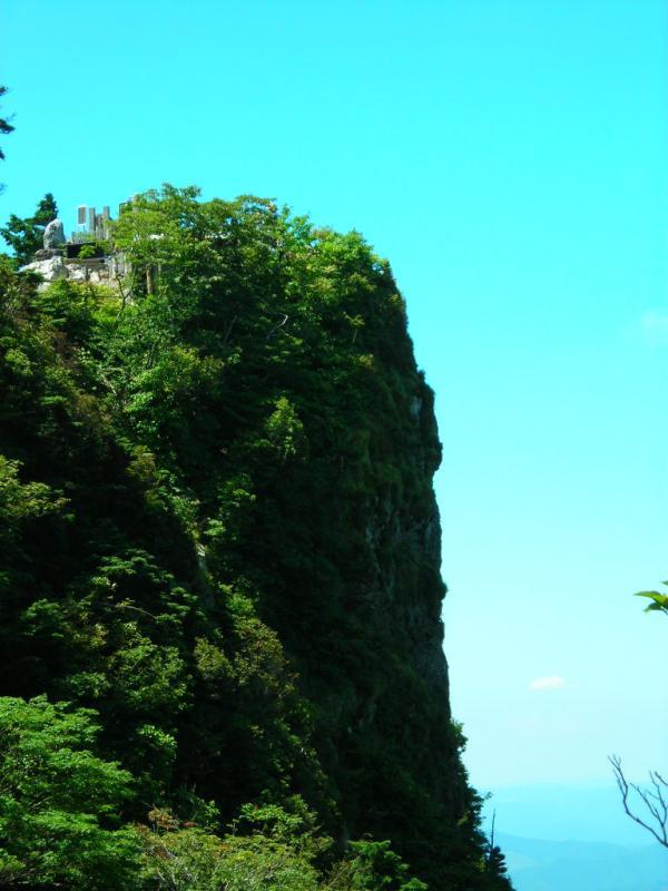 23.西ノ覗き岩