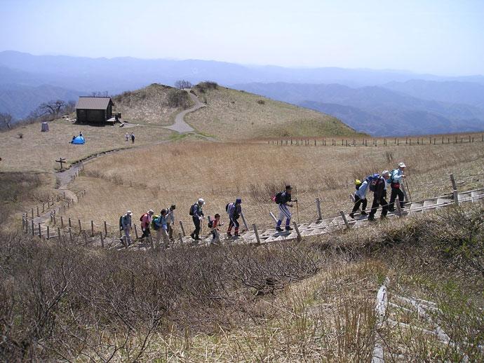 三瓶山登山風景