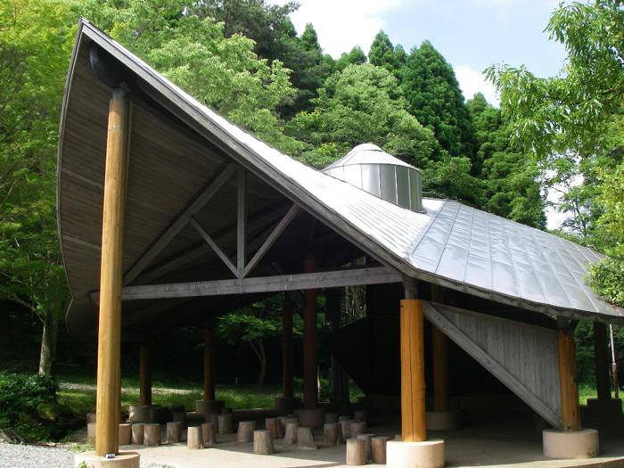 勝尾寺園地内_ウイングハウス