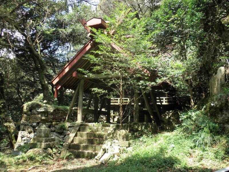 黒髪山自然休養林ー黒髪神社