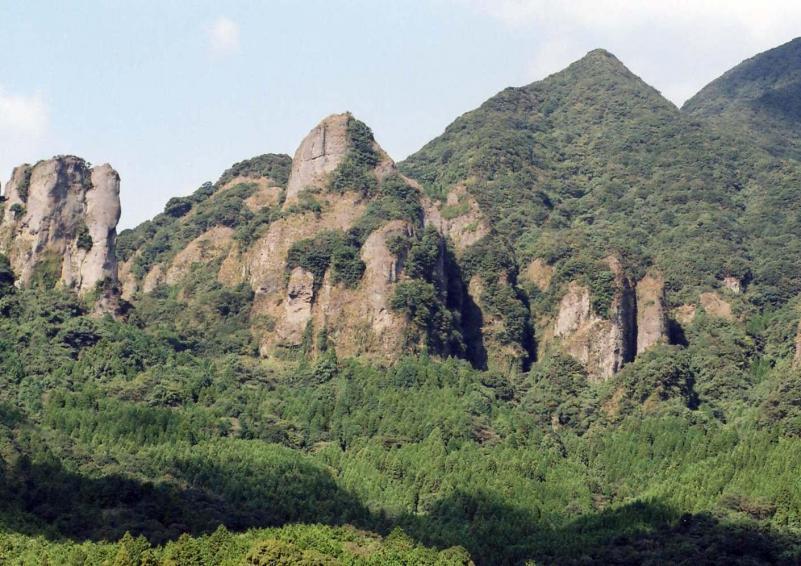 黒髪山自然休養林ー乳待坊