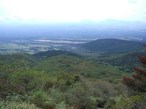 赤川登山道から久住高原・阿蘇方面の展望