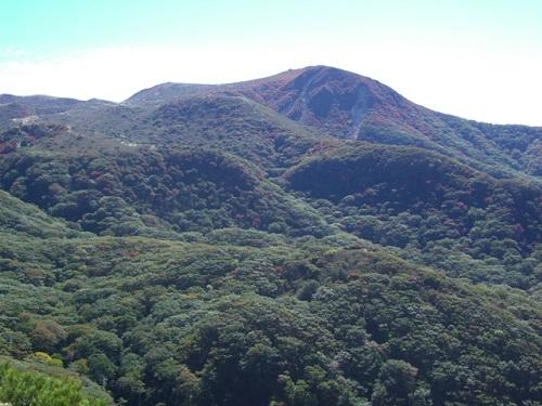 沓掛山から扇ヶ鼻方面の展望