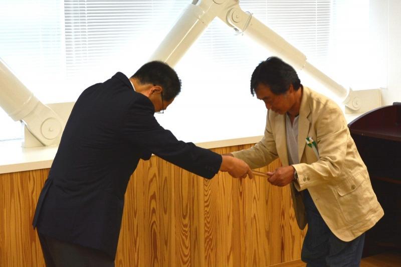H26国民の森林づくり感謝状贈呈(カタクリの会)