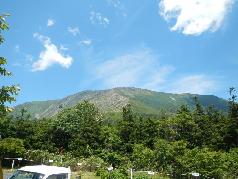 小田越から早池峰山